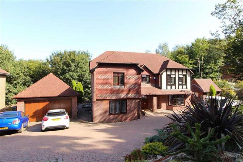 5 Bedrooms Detached House for sale in St Kitts Close, St Leonards-on-sea, East Sussex