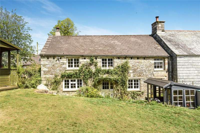 3 Bedrooms House for sale in Rural position on a no through road