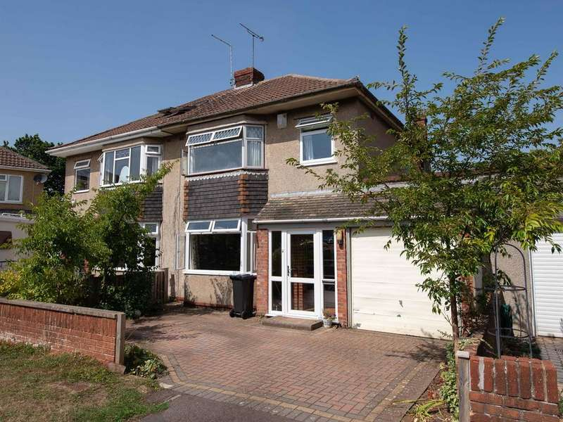3 Bedrooms Semi Detached House for sale in Fouracre Crescent, Downend, Bristol, BS16 6PZ