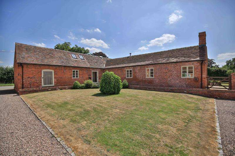 3 Bedrooms Detached House for sale in The Byre, 1 Brook Farm Court, Little Marcle, Ledbury, Herefordshire, HR8 2JY