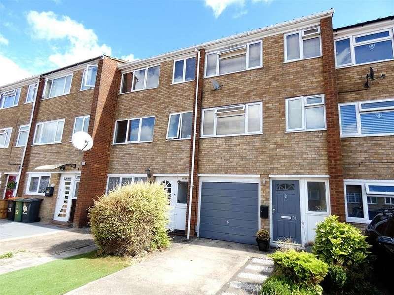 3 Bedrooms Terraced House for sale in Jardine Way, Dunstable