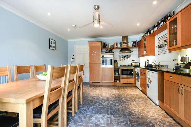 3 Bedrooms Terraced House for sale in Woodland Crescent, Canada Water