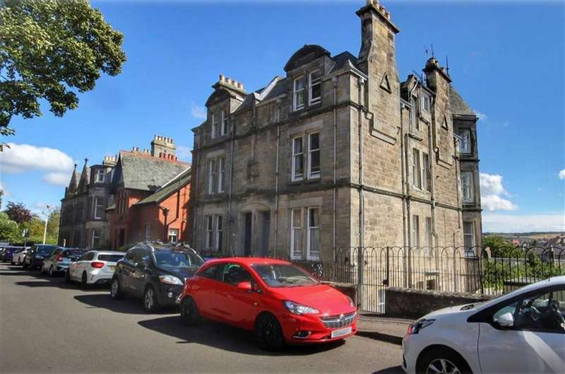 4 Bedrooms Maisonette Flat for sale in 22, Queens Terrace, St Andrews, Fife, KY16