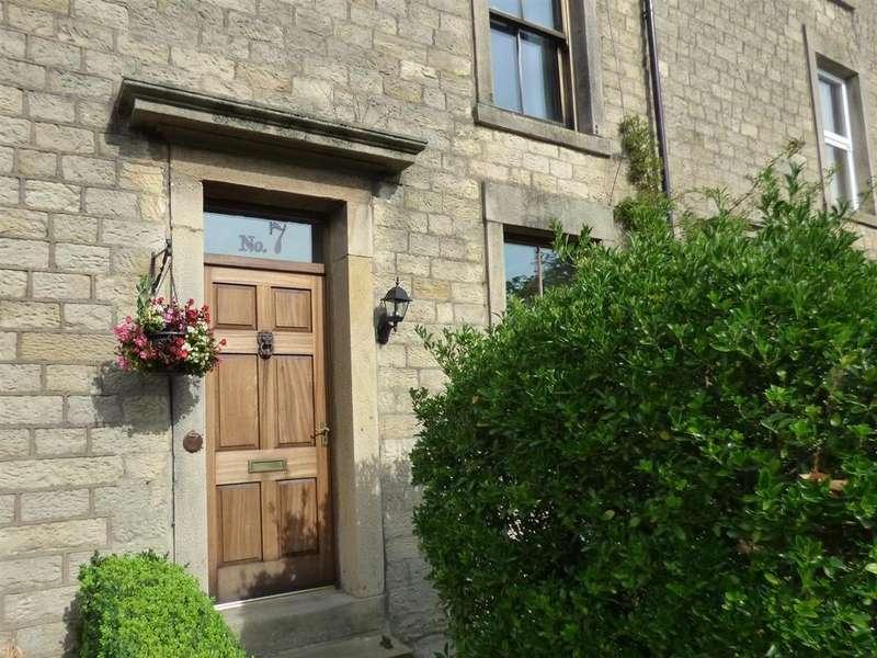 4 Bedrooms Terraced House for sale in Belle Vue Terrace, Lancaster