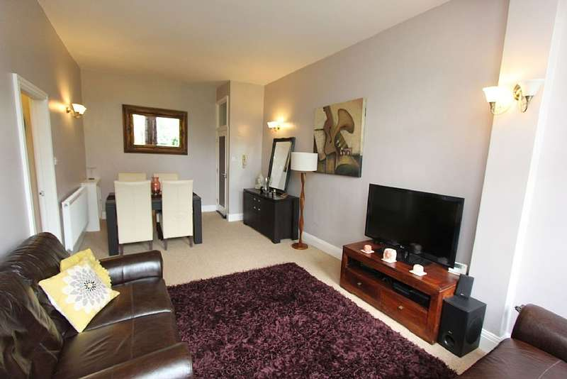 1 Bedroom Flat for sale in 6, Beaumont Court, Spring Hill, Lincoln, Lincolnshire, LN1 1HE