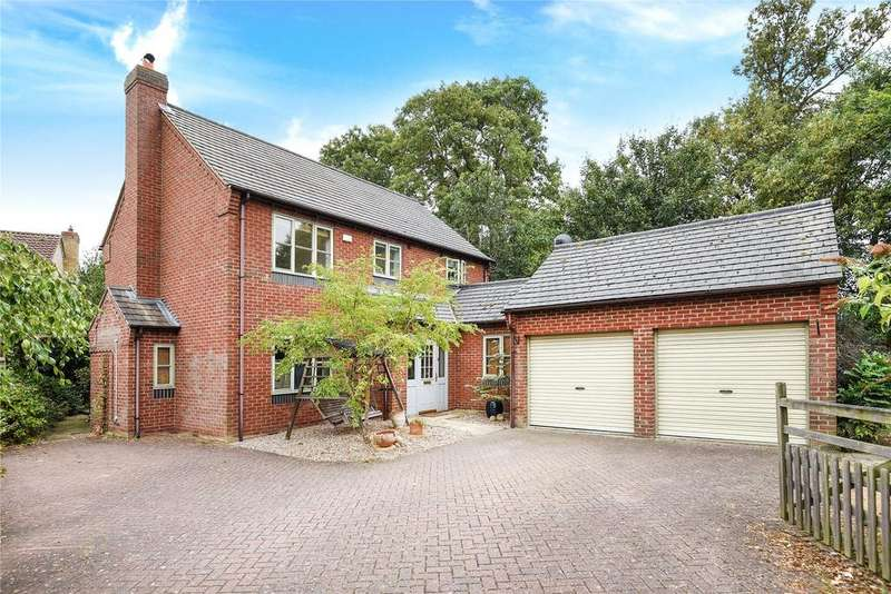 4 Bedrooms Detached House for sale in Lincoln Road, Dunholme, LN2