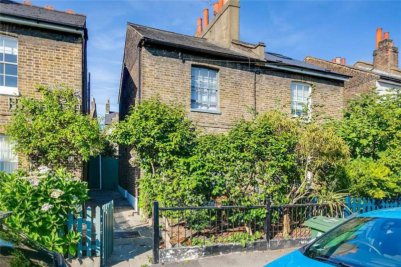 2 Bedrooms Semi Detached House for sale in Archbishops Place, Brixton, London