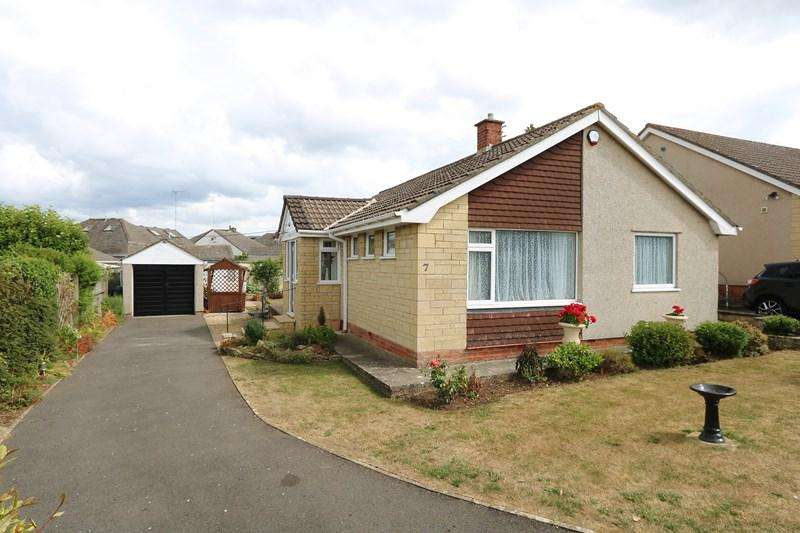 2 Bedrooms Detached Bungalow for sale in Golf Club Lane, Saltford, Bristol