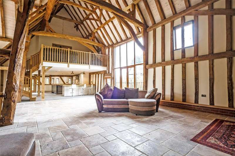 5 Bedrooms Detached House for sale in Thaxted Road, Great Sampford, Essex, CB10