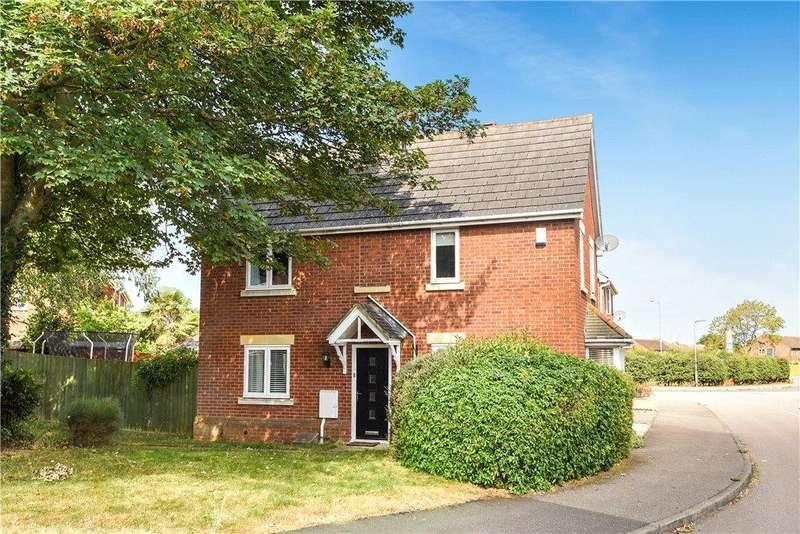 3 Bedrooms Detached House for sale in Oriel Close, Wolverton, Milton Keynes, Buckinghamshire