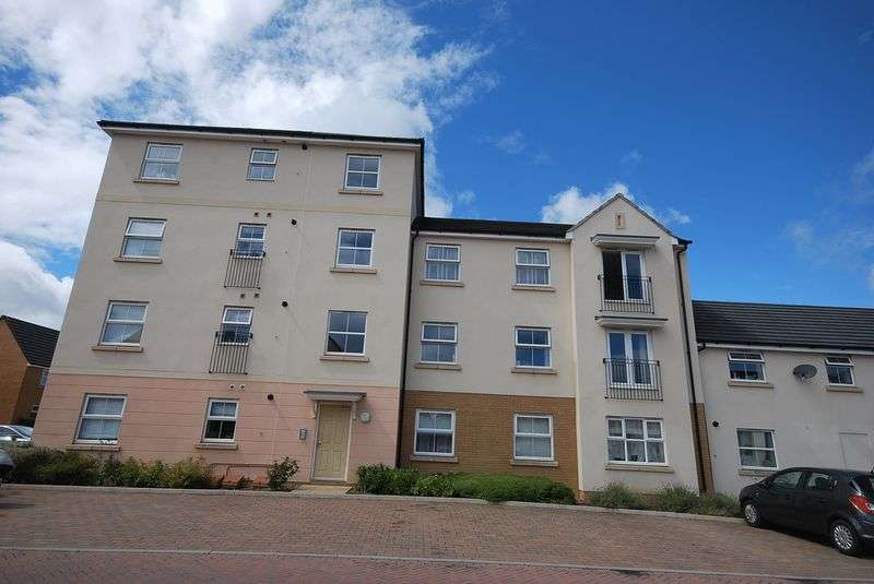 2 Bedrooms Property for sale in Oak Leaze Patchway, Bristol