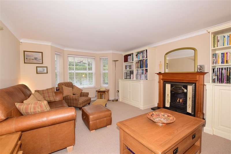 4 Bedrooms Detached House for sale in Carlina Gardens, , Woodford Green, Essex