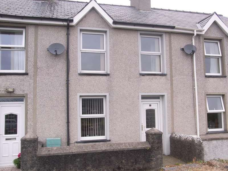 3 Bedrooms Terraced House for sale in 2 Tynffrwd, Penhyndeudraeth LL48