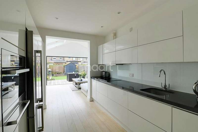 3 Bedrooms Terraced House for sale in Clarence Road, Wimbledon, SW19