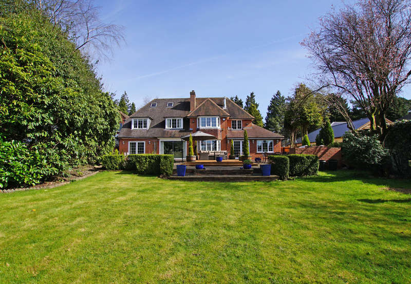 5 Bedrooms Detached House for sale in Monument Lane, Lickey, B45 9QQ