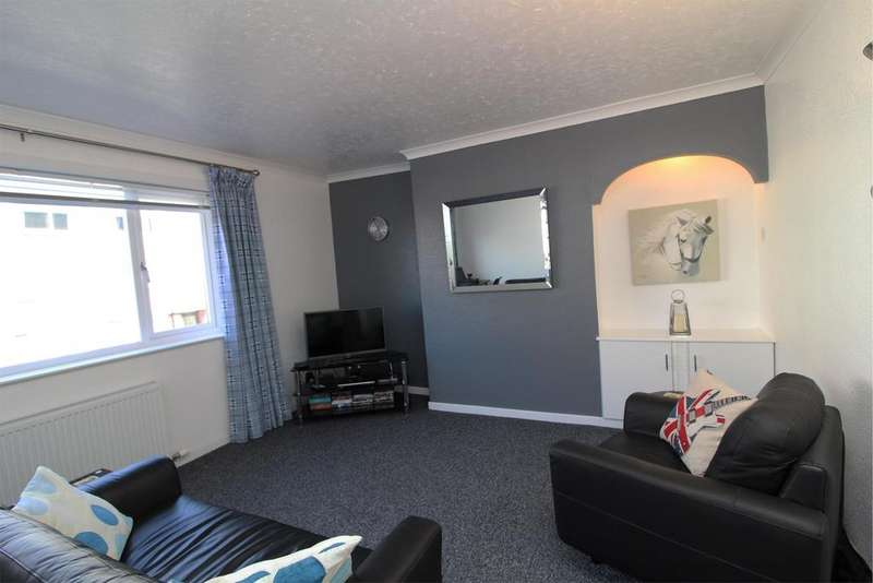 1 Bedroom Flat for sale in Flat 1/1, 3 Kelburn Court, Largs, KA30 8HN
