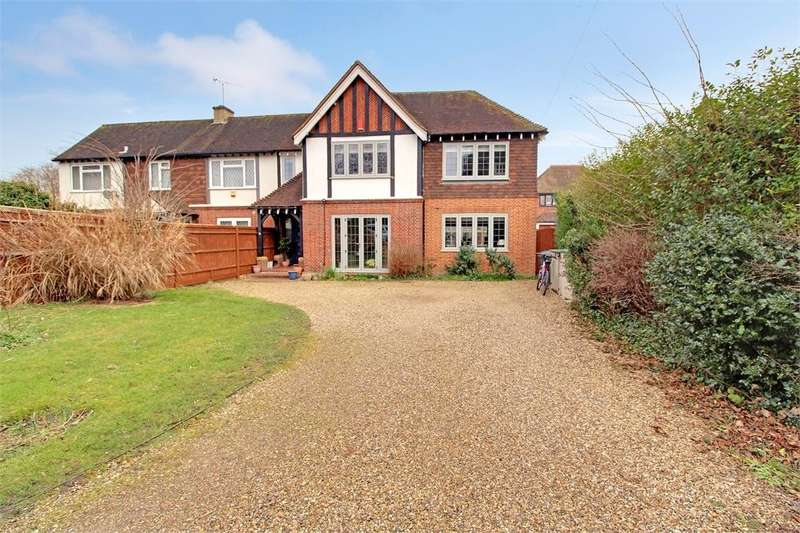 5 Bedrooms Semi Detached House for sale in Straight Road, Old Windsor, Berkshire