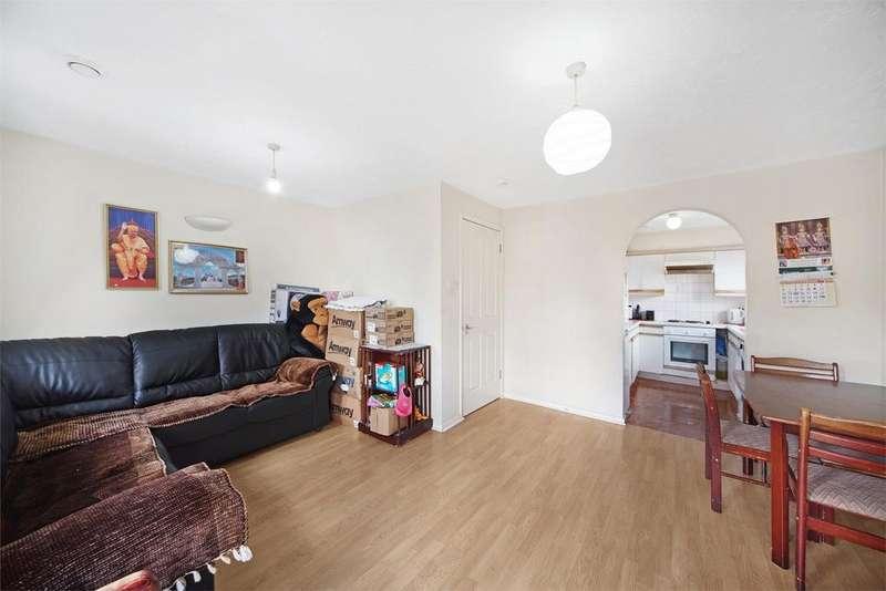 2 Bedrooms Flat for sale in Kingfisher Way, Neasden