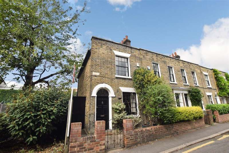 2 Bedrooms House for sale in Wandle Bank, Wimbledon