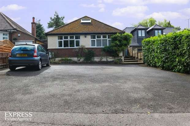 3 Bedrooms Detached Bungalow for sale in Harthall Lane, Kings Langley, Hertfordshire