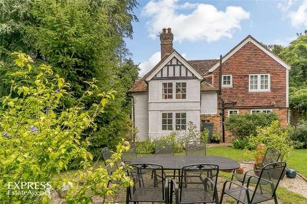 4 Bedrooms Detached House for sale in Biddenden Road, St Michaels, Tenterden, Kent