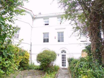 6 Bedrooms Terraced House for sale in Stonehouse, Plymouth, Devon