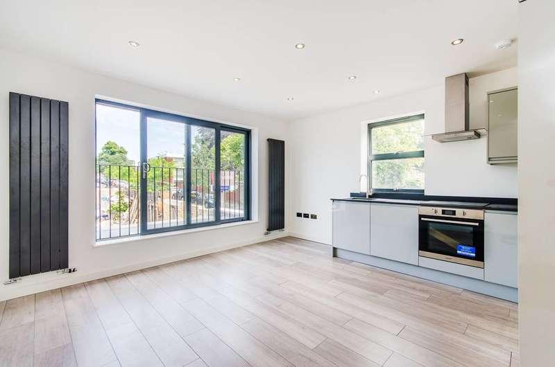 2 Bedrooms Flat for sale in Denmark Road, Ealing, W13