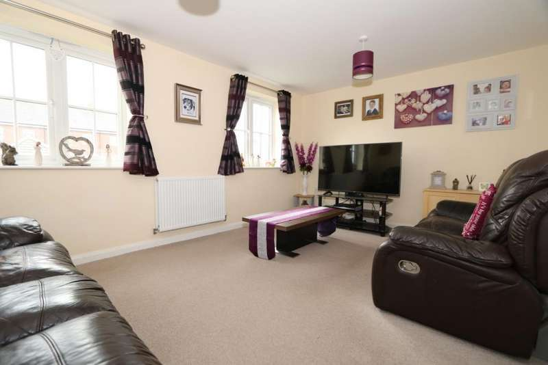 3 Bedrooms House for sale in Woodpecker Gardens, Wixams, Bedford