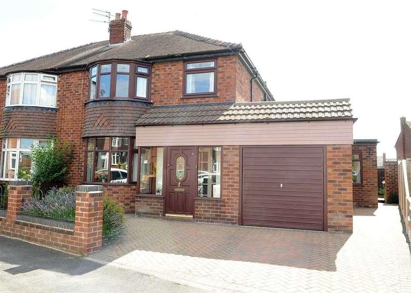 3 Bedrooms Semi Detached House for sale in 15 Elm Road, Rixton Warrington WA3 6LP