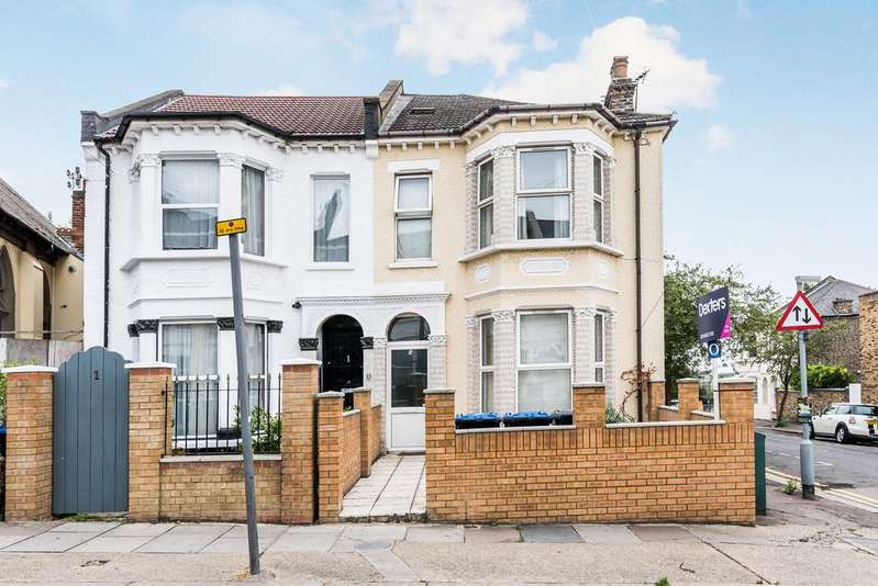 4 Bedrooms Semi Detached House for sale in Tubbs Road, Willesden, London