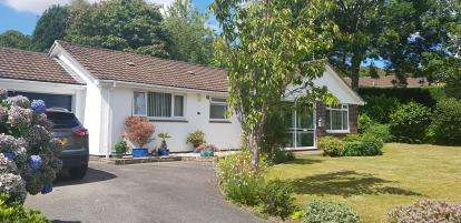 3 Bedrooms Bungalow for sale in Truro, Cornwall