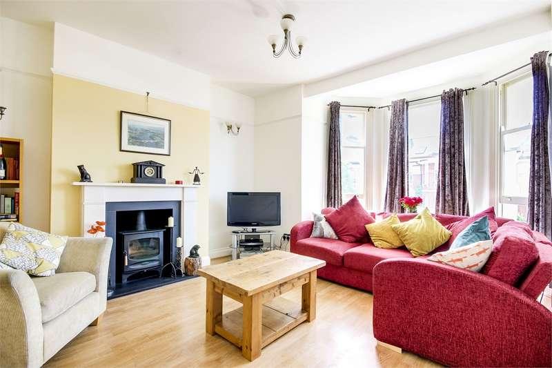 2 Bedrooms Flat for sale in Alexandra Park Road, Alexandra Park, London