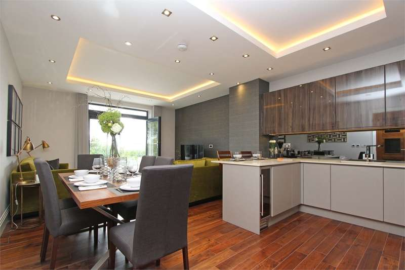 3 Bedrooms Flat for sale in 77 Muswell Hill, Muswell Hill, London