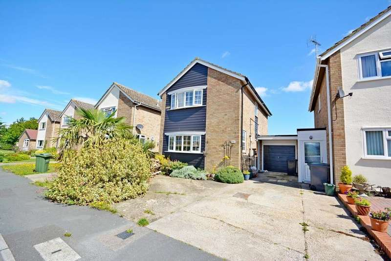 4 Bedrooms Detached House for sale in Honeywood Road, Halstead, Essex, CO9