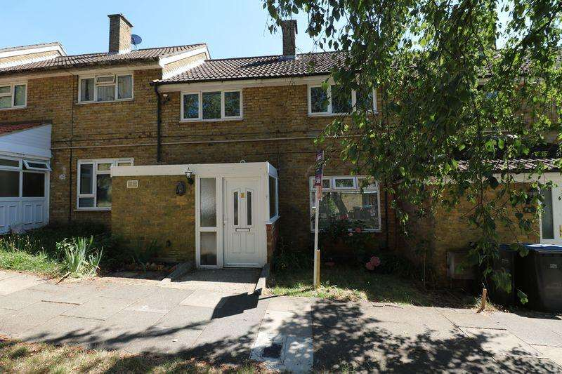 4 Bedrooms Terraced House for sale in Fold Croft, Harlow