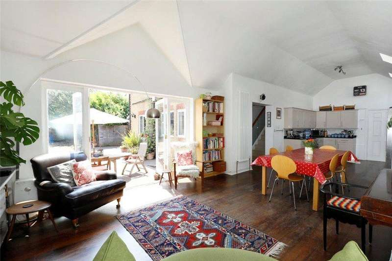 4 Bedrooms Detached House for sale in Cromwell Road, Wimbledon, SW19