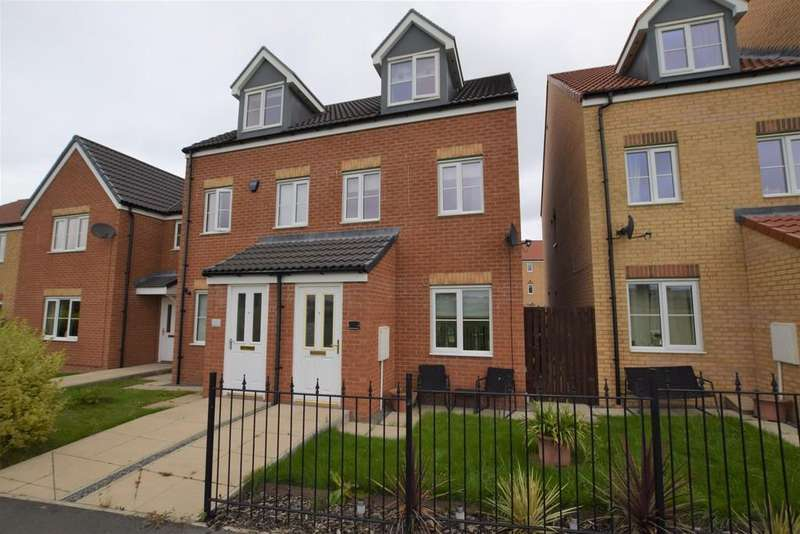 3 Bedrooms Town House for sale in Kielder Drive, The Middles, Stanley