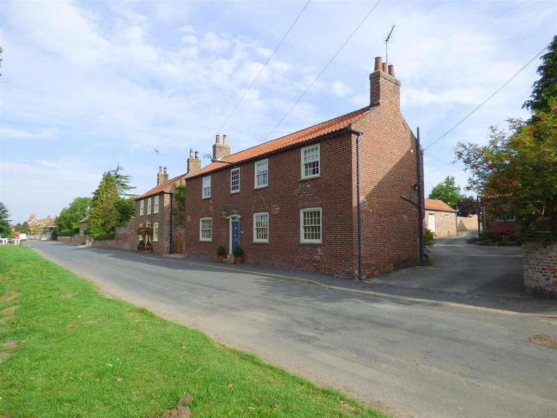 4 Bedrooms Detached House for sale in Rockingham House, Front Street, Lockington, YO25