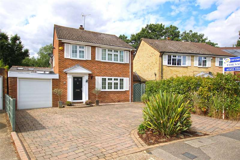 4 Bedrooms Detached House for sale in Wilton Place, New Haw, Surrey, KT15