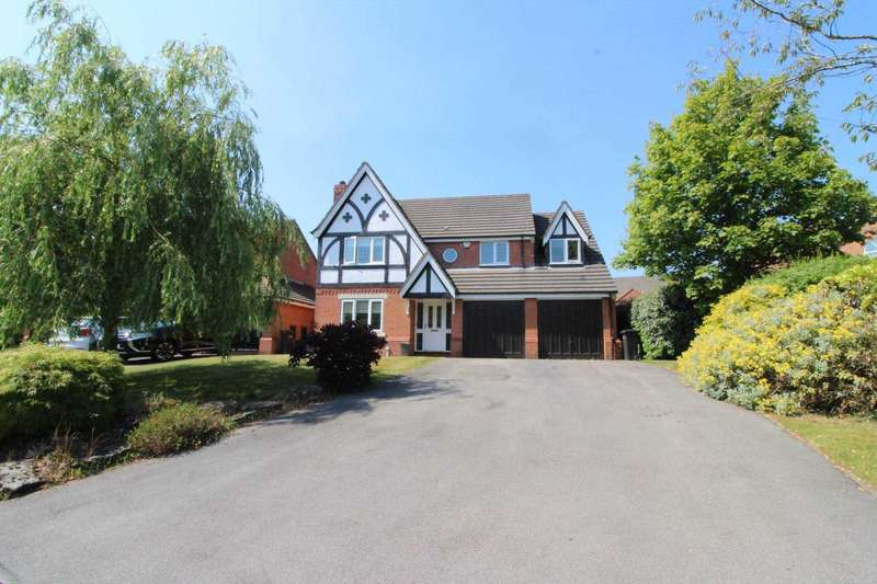 4 Bedrooms Detached House for sale in 19 Waterslea Drive
