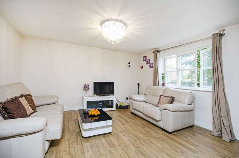 2 Bedrooms Flat for sale in Somerton Road, Cricklewood, NW2