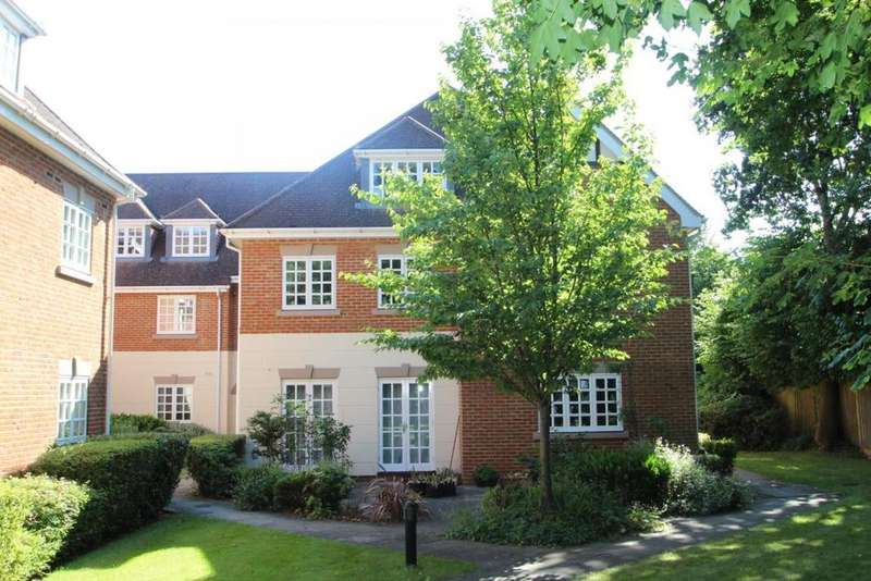 2 Bedrooms Flat for sale in Terrace Road South, Binfield, RG42