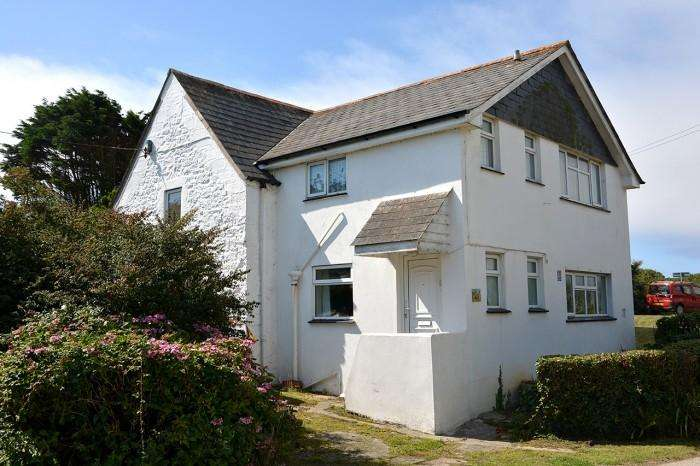 3 Bedrooms Cottage House for sale in PRAZEGOOTH COTTAGE, CADGWITH, TR12