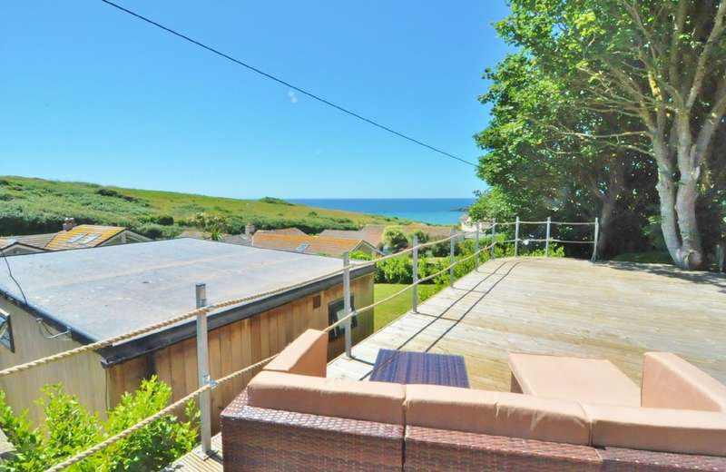 4 Bedrooms Detached Bungalow for sale in Folly Hill, Bigbury On Sea, Kingsbridge