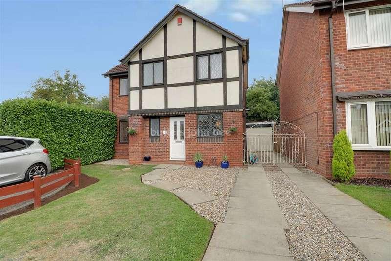3 Bedrooms Detached House for sale in Merlin Way, Crewe