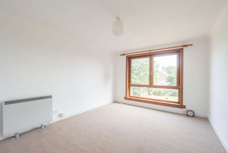 2 Bedrooms Apartment Flat for sale in Orange Lane, Montrose
