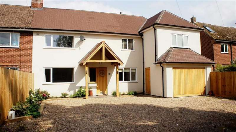 4 Bedrooms Semi Detached House for sale in Randall Close, Barsby