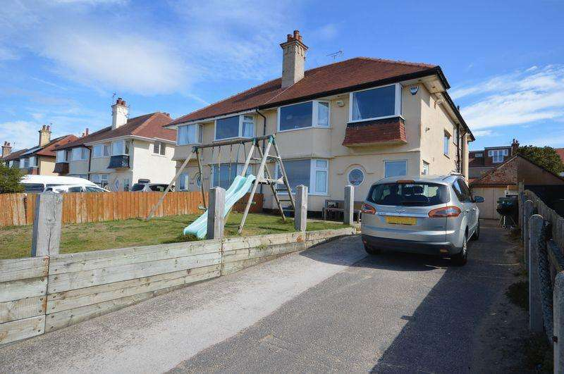 4 Bedrooms Semi Detached House for sale in North parade, Hoylake