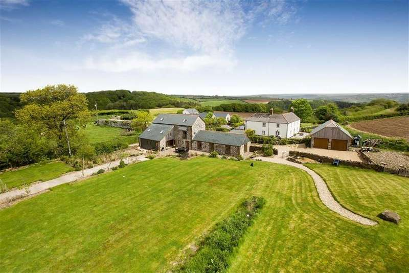 4 Bedrooms Detached House for sale in St Mellion, Saltash, Cornwall, PL12