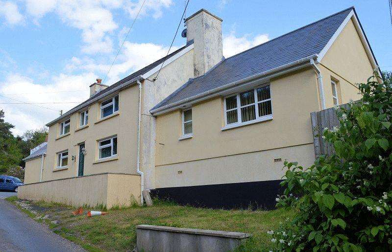 4 Bedrooms Detached House for sale in Broadlay, Ferryside